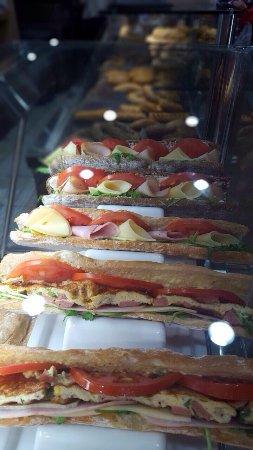 Υπέροχες λαχταριστές προτάσεις σε κρύα σάντουιτς με τα καλύτερα υλικά της αγοράς! 2bakers .....