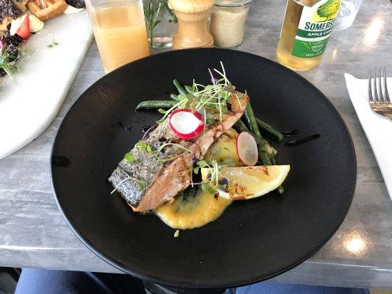 Cranbourne, Australia: Atlantic Salmon, cooked to perfection.