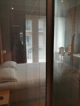 Amadi Park Hotel: IMG_20170503_220111_large.jpg