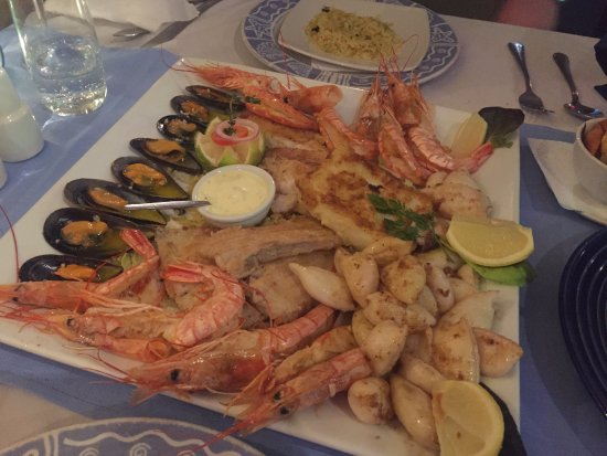 Anchorage Restaurant : Fish platter for two people