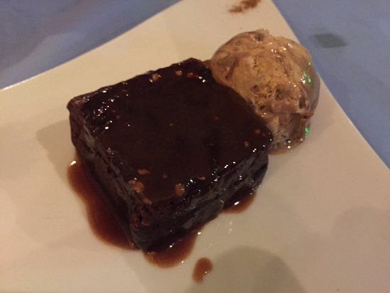 Anchorage Restaurant : Chocolate brownie with rolo ice-cream