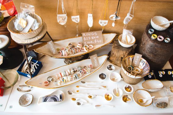 Olinda Collective: Eva Glac ceramics