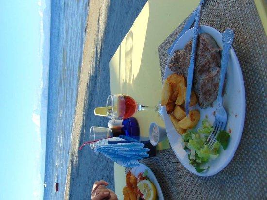 Roussos Restaurant: FB_IMG_1494755473609_large.jpg