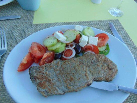 Roussos Restaurant: FB_IMG_1494755467808_large.jpg