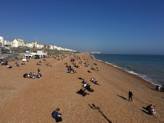 how to go to brighton beach from london