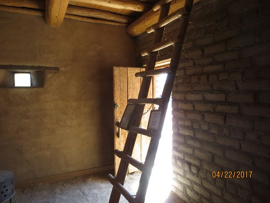 Old Las Vegas Mormon Fort : ladder to 2nd level