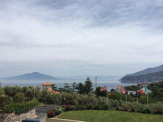 Lounge area photo de grand hotel vesuvio sorrente for 44 the terrace