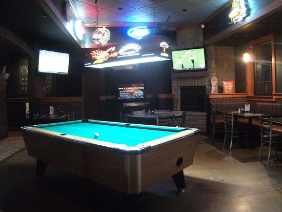 Gresham, OR: pool table in game area