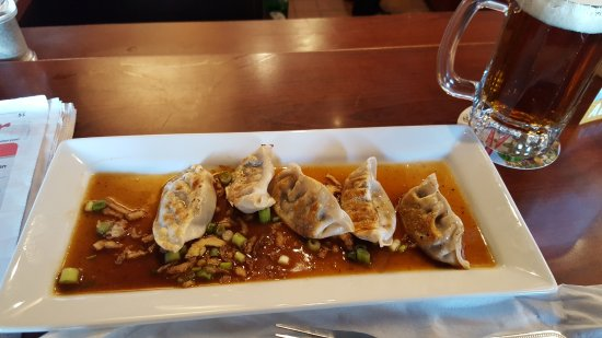Windsor Locks, CT: Pot Stickers