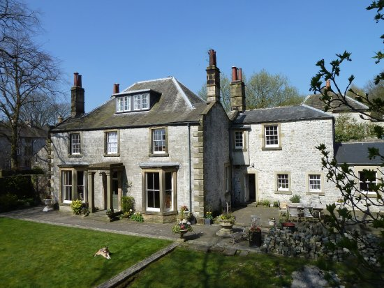 Tideswell, UK: South facing elevation of The Old Vicarage