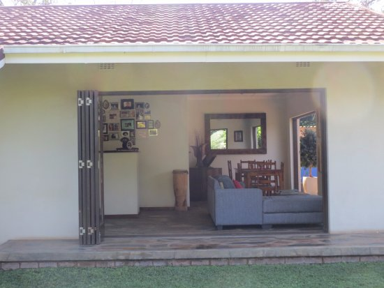 Malelane, Sydafrika: Breakfast and chill out area