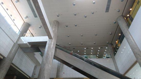 Hong Kong Heritage Museum: 香港文化博物館環境