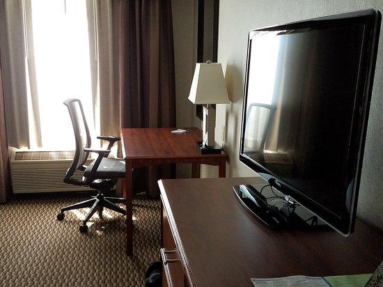 Holiday Inn Express Holland : 20170513_160602_large.jpg