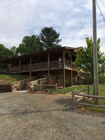 Hayesville, NC: entrance