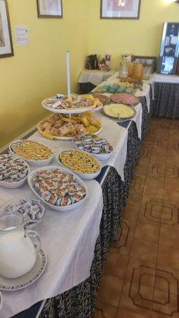 Hotel Oceanic: Breakfast buffet