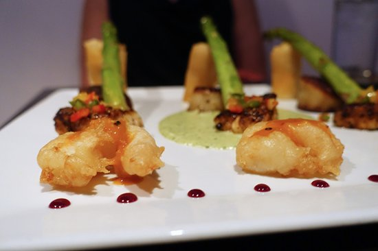 1618 West Seafood Grill: Seafood Trio