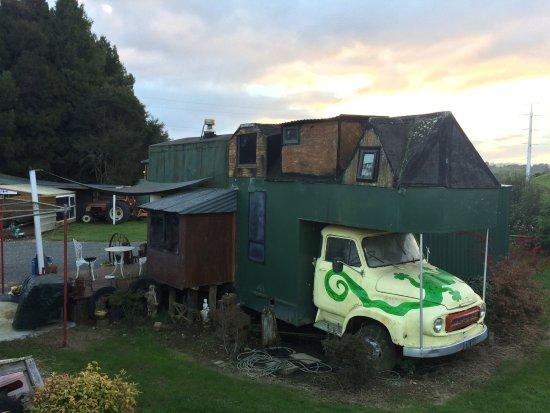 Waitomo Farmstay : Coolest house ever