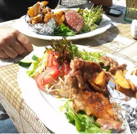 Kereskedohaz Cafe & Restaurant