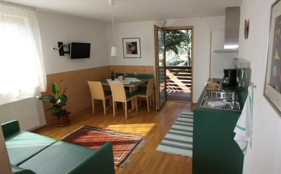 Tramin, Italia: App. Zeder Wohnküche