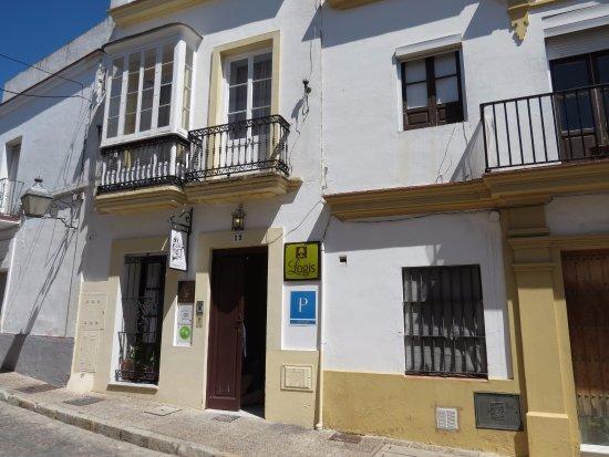 La Fonda Barranco: hotel street view