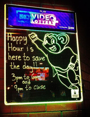 Gresham, Oregón: Happy Hour Mighty Mouse sign