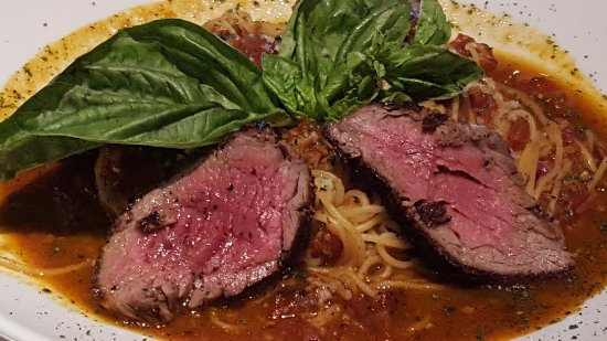 Perry's Steakhouse: Steak and Pasta