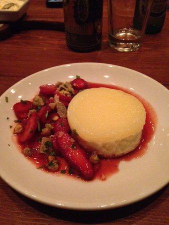 Domenica: Cheesecake with strawberry glaze (worth it!)