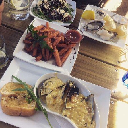 Blue Olive Restaurant: photo0.jpg