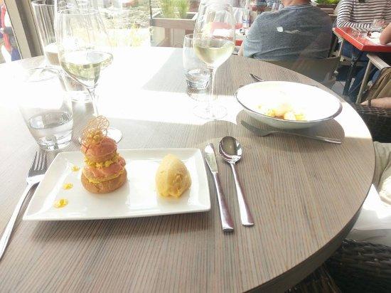 Restaurant De La Vallee : Religieuse mangue passion et son sorbet passion
