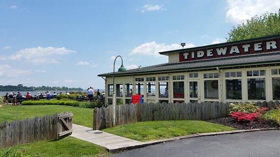 Havre de Grace, MD: Tidewater Grille