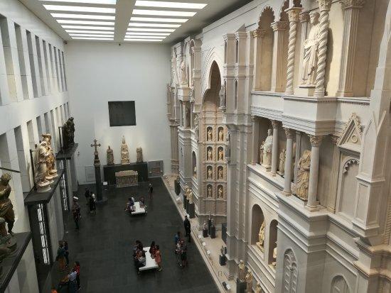 Museo Del Duomo Firenze.Visione Dall Alto Della Ricostruzione Della Facciata Del Duomo