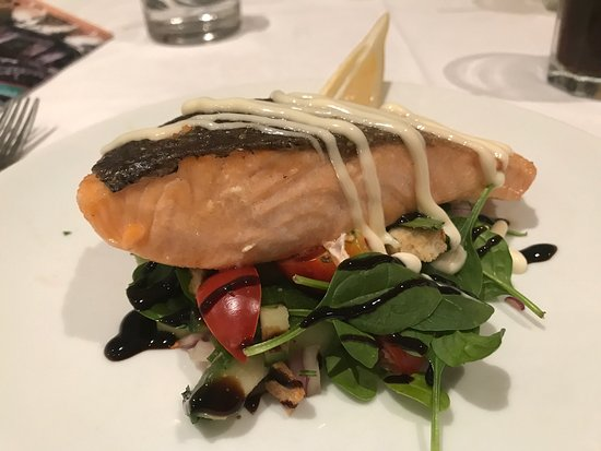 The Deep Blue Dining & Bar: Delicious