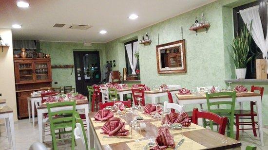 San Terenziano, Italia: nuovi colori