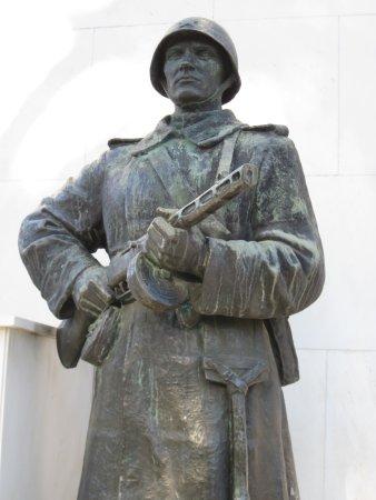 Μούρσκα, Σλοβενία: Russian soldier