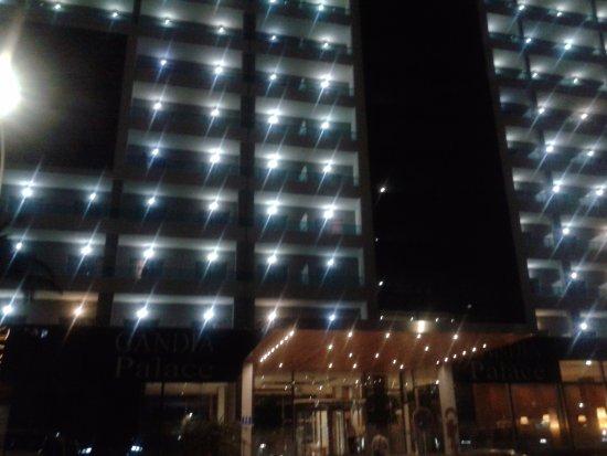Hotel Gandía Palace: Fachada principal