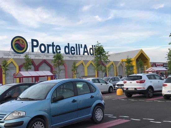 Centro Commerciale Auchan Porte dell'Adige