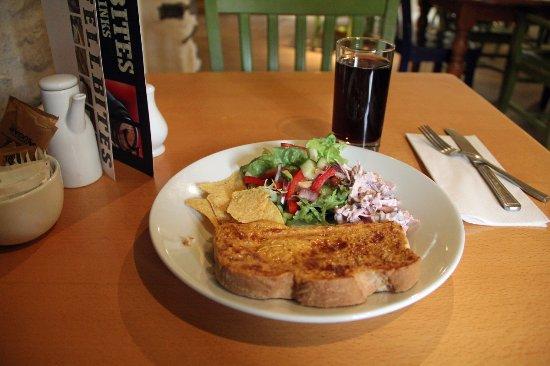 Fellbites Cafe and Restaurant: Welsh Rarebit