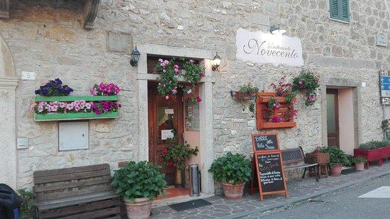 Semproniano, Italy: IMG-20170513-WA0009_large.jpg