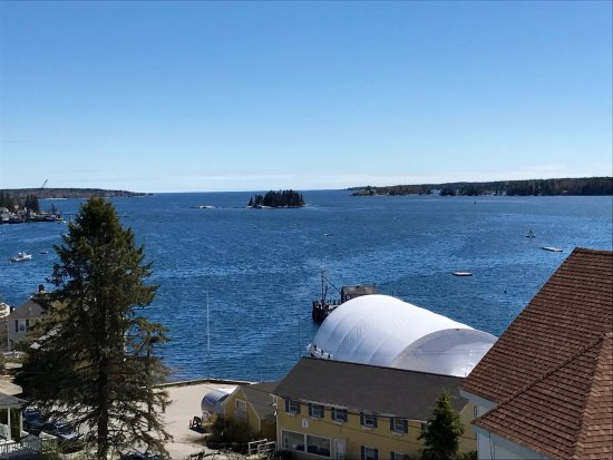 Topside Inn: View from Windward Guesthouse