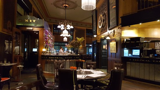Centrál Kávéház és Étterem: TA_IMG_20170514_210109_large.jpg