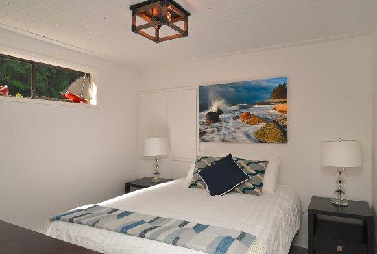 Garden Bay, Canadá: Mussel Beach bedroom.