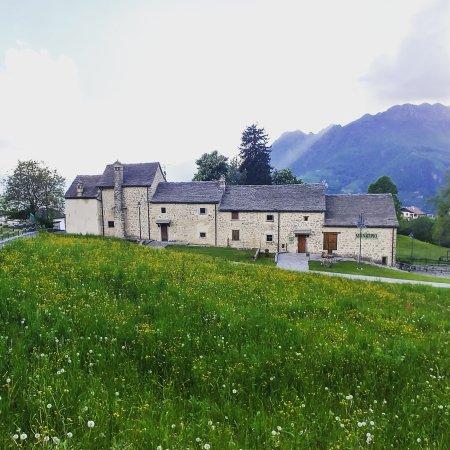 Fuipiano Valle Imagna, Italia: IMG_20170513_191614_182_large.jpg