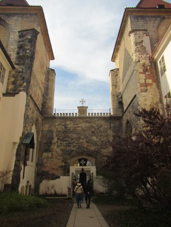 Church of Our Lady beneath the Chain: View of courtyard leaving the church