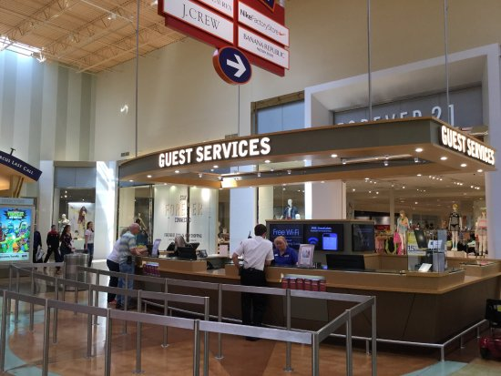 Great Lakes Crossing Outlets: Great Lakes Crossing at Auburn Hills