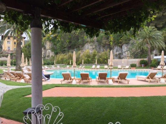 Grand Hotel Miramare: la piscina dell'hotel