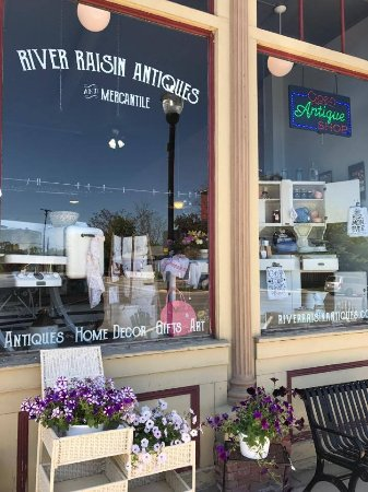 River Raisin Antiques