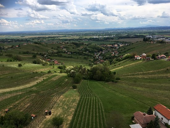Lendava, سلوفينيا: The view in one direction.