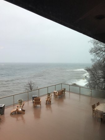 Tofte, MN: Wonderful time at Chateau late winter 2017!