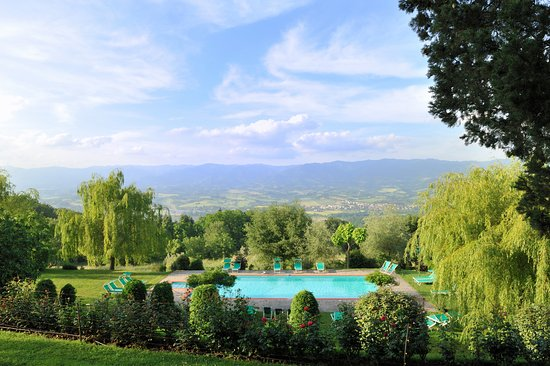 Vicchio, Italien: Swimming Pool... with a view!