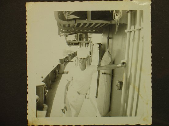 Chiefland, FL: navy taken in CUBA 1959 likes good food